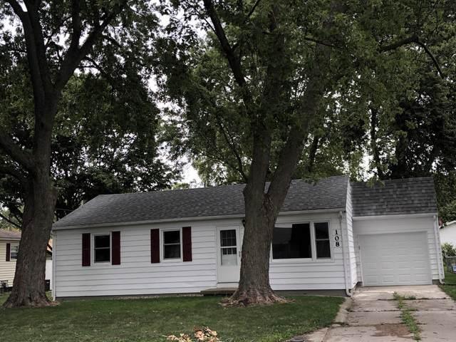 108 W Walnut Street, Gibson City, IL 60936 (MLS #10505151) :: Ryan Dallas Real Estate