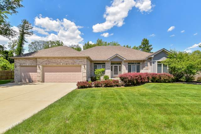 805 Grove Avenue, West Chicago, IL 60185 (MLS #10505180) :: Angela Walker Homes Real Estate Group