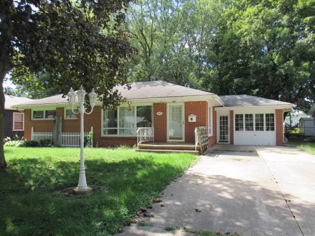 503 S Wilson Street, CLINTON, IL 61727 (MLS #10506466) :: Lewke Partners