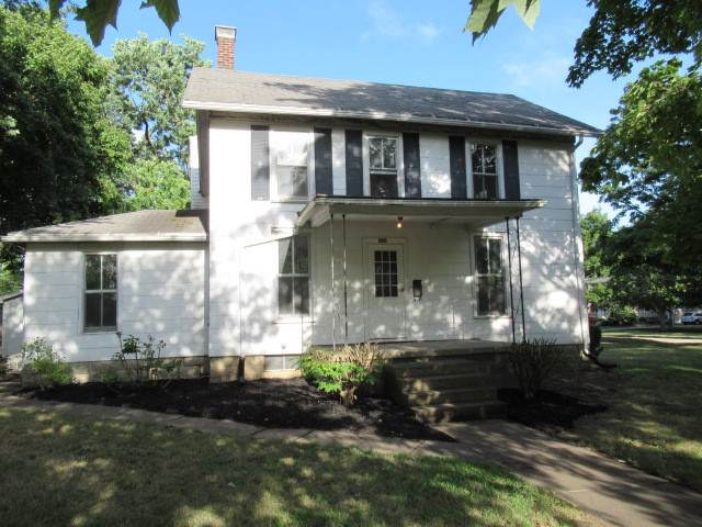 306 N Wood Street, Gibson City, IL 60936 (MLS #10508367) :: Ryan Dallas Real Estate