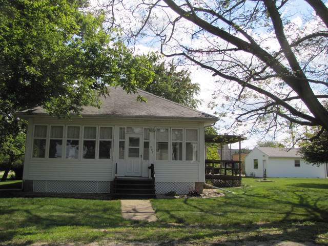 207 N Main Street, LEROY, IL 61752 (MLS #10508479) :: Jacqui Miller Homes