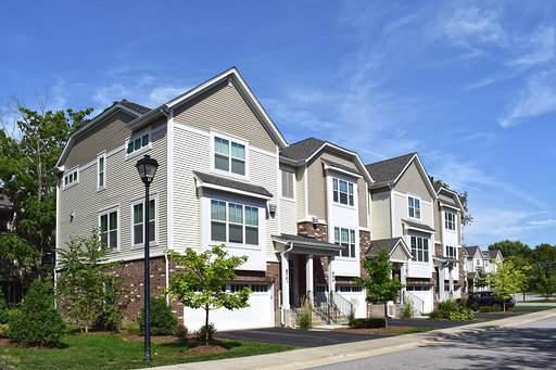 866 W Chase Lane, Palatine, IL 60067 (MLS #10508664) :: Century 21 Affiliated