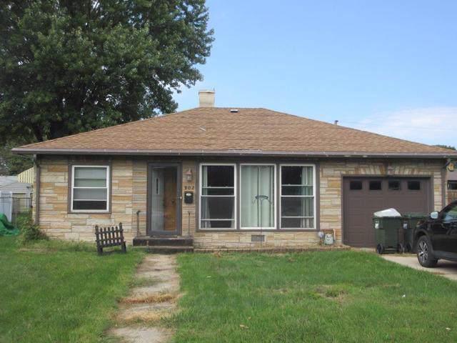 802 W 11th Street, Sterling, IL 61081 (MLS #10509023) :: The Mattz Mega Group