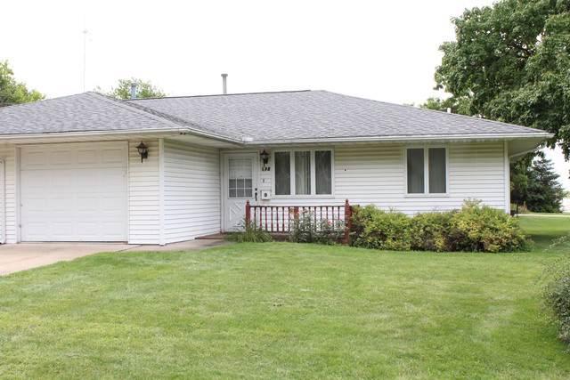 198 N Michigan Street, El Paso, IL 61738 (MLS #10509806) :: Ryan Dallas Real Estate