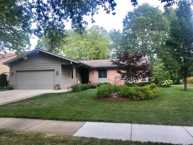 1127 N Thackeray Drive, Palatine, IL 60067 (MLS #10510328) :: The Perotti Group | Compass Real Estate
