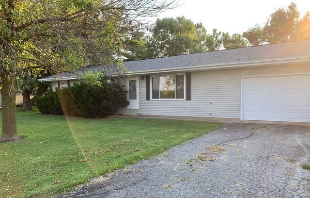 315 N City Line Road, NEWMAN, IL 61942 (MLS #10510659) :: Littlefield Group