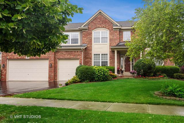 1684 N Cypress Pointe Drive, Vernon Hills, IL 60061 (MLS #10510801) :: Angela Walker Homes Real Estate Group