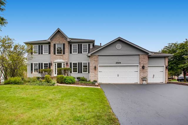 2324 Cloverdale Road, Naperville, IL 60564 (MLS #10511106) :: The Wexler Group at Keller Williams Preferred Realty