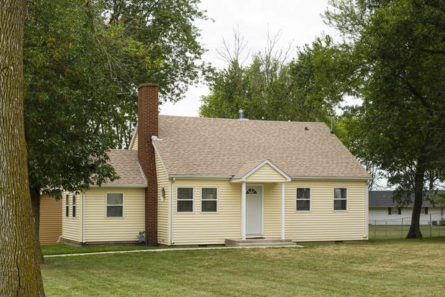 311 N West Street, GIFFORD, IL 61847 (MLS #10511540) :: Baz Realty Network | Keller Williams Elite