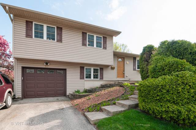 29 W Wrightwood Avenue, Glendale Heights, IL 60139 (MLS #10512730) :: Berkshire Hathaway HomeServices Snyder Real Estate