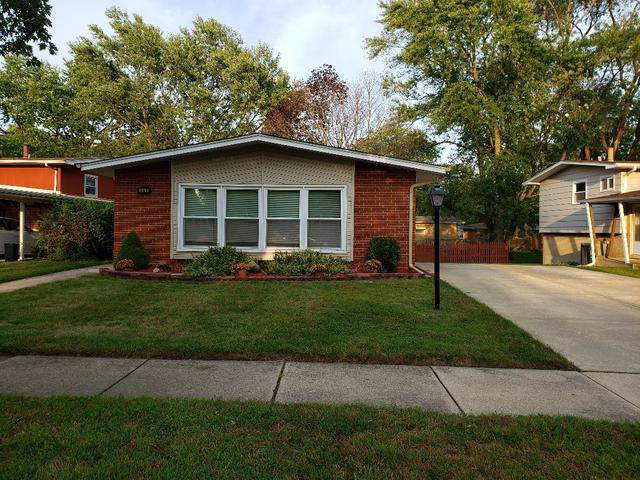 351 W Holly Court, Glenwood, IL 60425 (MLS #10513244) :: Baz Realty Network | Keller Williams Elite