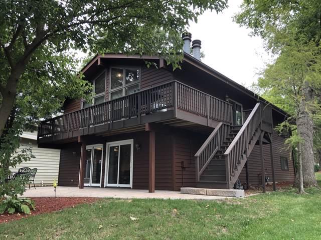 310 Lake Shore Drive, Lindenhurst, IL 60046 (MLS #10513330) :: Baz Realty Network | Keller Williams Elite
