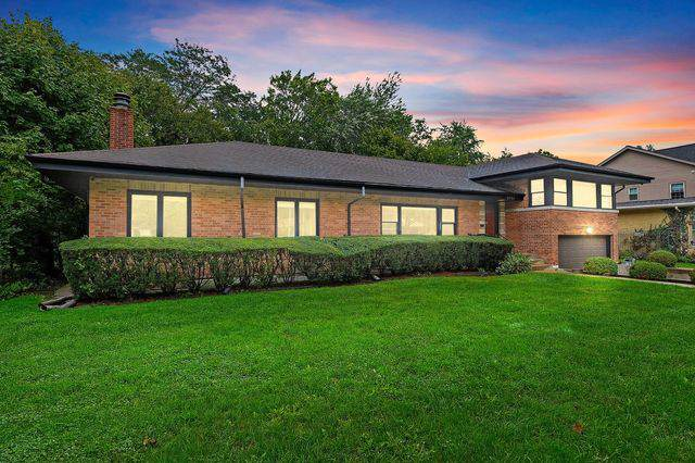 8945 Knox Avenue, Skokie, IL 60076 (MLS #10513684) :: The Wexler Group at Keller Williams Preferred Realty