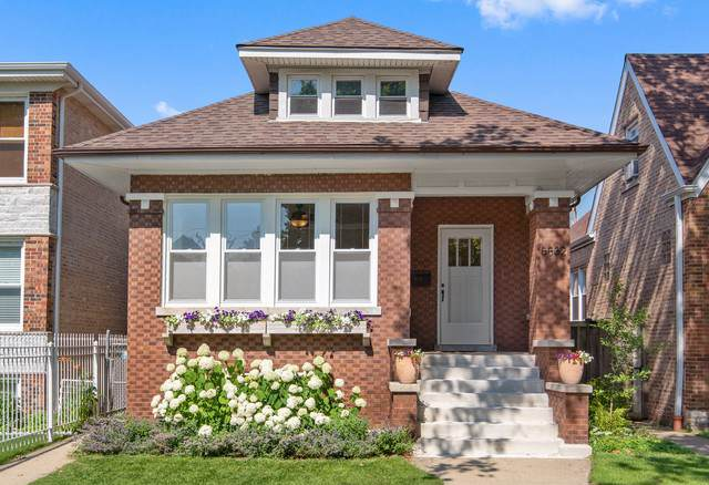 5832 N Rockwell Street, Chicago, IL 60659 (MLS #10514264) :: Property Consultants Realty