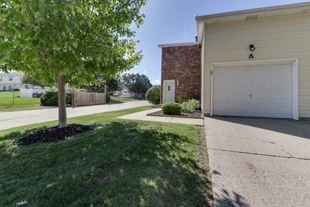 1544 Hunt Drive A, Normal, IL 61761 (MLS #10514355) :: Lewke Partners