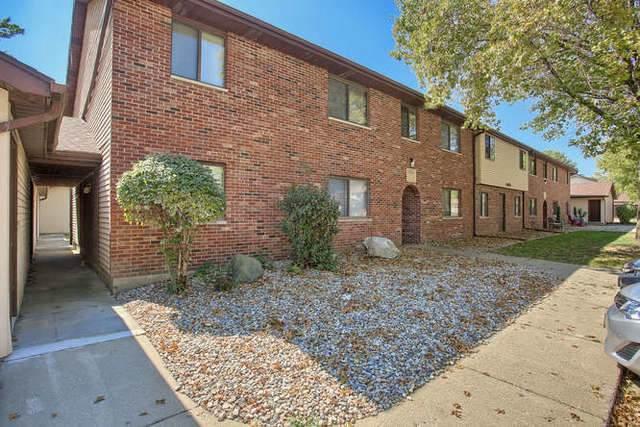 1305 Brian Place #2, Urbana, IL 61802 (MLS #10514551) :: John Lyons Real Estate