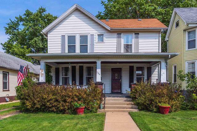 706 E Monroe Street, Bloomington, IL 61701 (MLS #10515197) :: BNRealty