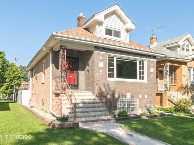 3102 N 76th Avenue, Elmwood Park, IL 60707 (MLS #10516069) :: The Mattz Mega Group