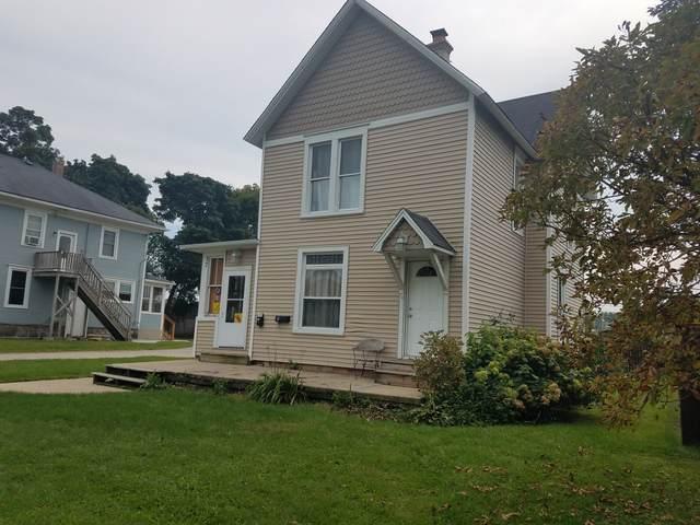 37 Gates Street, Crystal Lake, IL 60014 (MLS #10516147) :: Lewke Partners