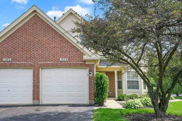 509 Pembrook Court N B, Crystal Lake, IL 60014 (MLS #10516388) :: John Lyons Real Estate