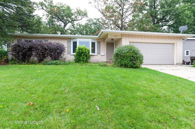 4724 Ashley Drive, Mchenry, IL 60050 (MLS #10516834) :: Baz Realty Network | Keller Williams Elite