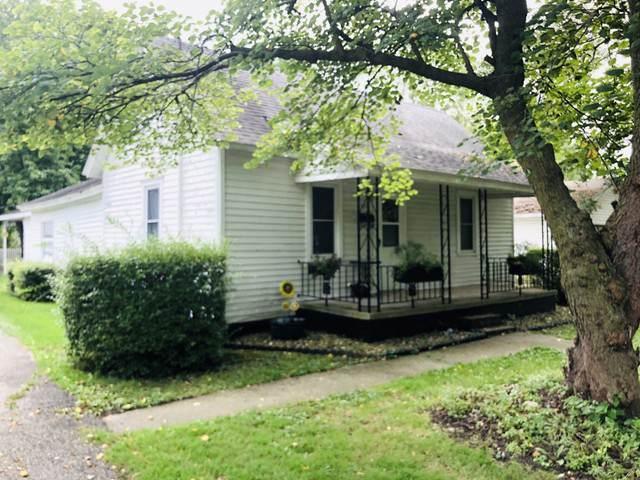 320 S Poplar Street, ARTHUR, IL 61911 (MLS #10517368) :: Lewke Partners