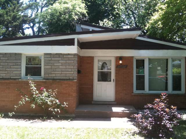 14739 Wabash Avenue, Dolton, IL 60419 (MLS #10517678) :: Baz Realty Network | Keller Williams Elite
