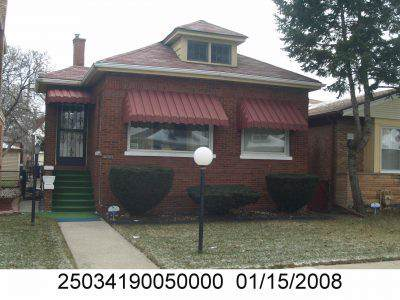 9313 S Eberhart Avenue, Chicago, IL 60619 (MLS #10517862) :: Property Consultants Realty