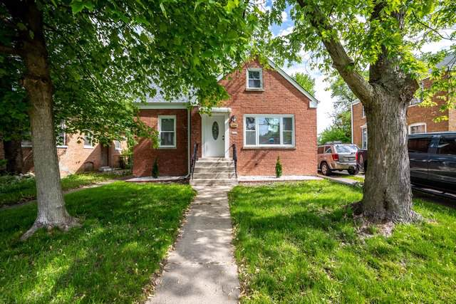 204 E 141st Place, Dolton, IL 60419 (MLS #10518296) :: Baz Realty Network | Keller Williams Elite