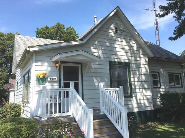 402 E Elm Street, VILLA GROVE, IL 61956 (MLS #10518325) :: Ryan Dallas Real Estate