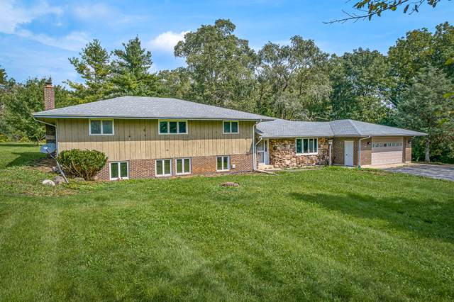 9110 Mcconnell Road, Woodstock, IL 60098 (MLS #10518382) :: Suburban Life Realty