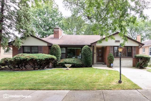 8651 Harding Avenue, Skokie, IL 60076 (MLS #10518605) :: Lewke Partners