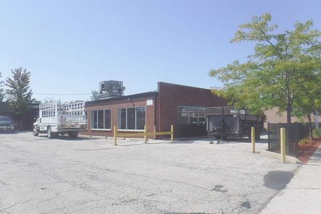 5983 Archer Avenue, Chicago, IL 60638 (MLS #10518663) :: The Perotti Group | Compass Real Estate
