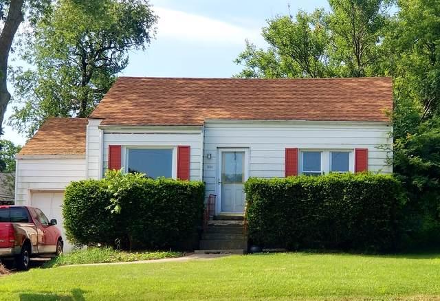 1635 Maple Avenue, Downers Grove, IL 60515 (MLS #10518766) :: The Mattz Mega Group
