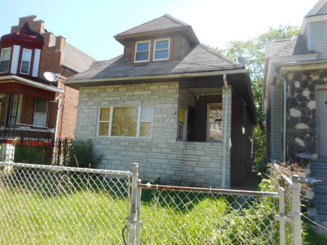 559 N Long Avenue, Chicago, IL 60644 (MLS #10518894) :: Ani Real Estate