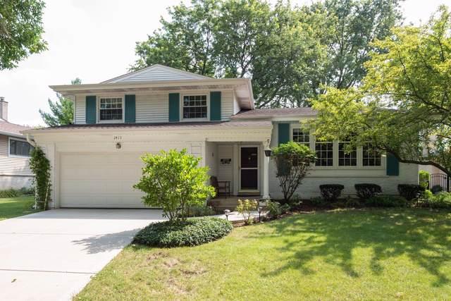 2415 E Lillian Lane, Arlington Heights, IL 60004 (MLS #10518990) :: John Lyons Real Estate