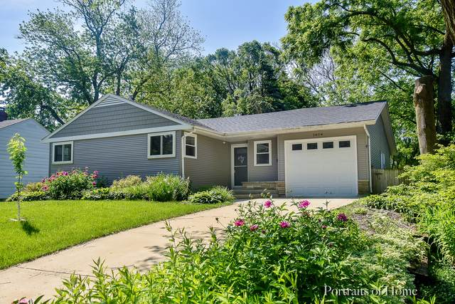 1614 E Illinois Street, Wheaton, IL 60187 (MLS #10519000) :: Ryan Dallas Real Estate