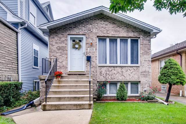 2725 N 73rd Court, Elmwood Park, IL 60707 (MLS #10519562) :: The Spaniak Team