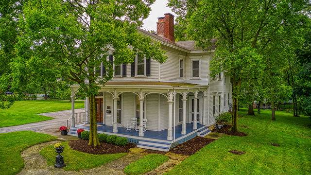 230 E State Street E, Geneva, IL 60134 (MLS #10519623) :: Berkshire Hathaway HomeServices Snyder Real Estate