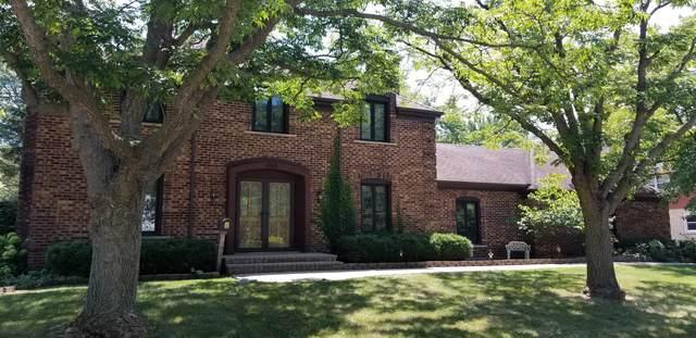695 Ruskin Drive, Elk Grove Village, IL 60007 (MLS #10519752) :: The Wexler Group at Keller Williams Preferred Realty