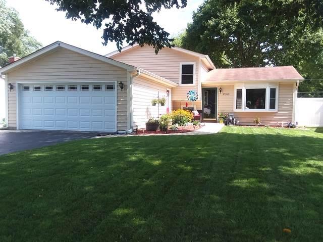 37263 N Hillside Drive, Lake Villa, IL 60046 (MLS #10519875) :: Property Consultants Realty