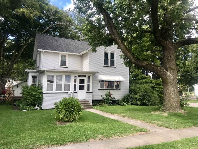 914 N Pleasant Street, Princeton, IL 61356 (MLS #10520307) :: John Lyons Real Estate