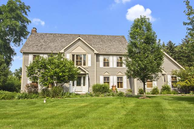 27070 W Kensington Court, Lake Barrington, IL 60010 (MLS #10520348) :: Ani Real Estate