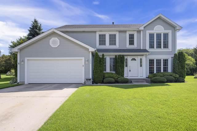 1375 Knollwood Circle, Crystal Lake, IL 60014 (MLS #10520729) :: John Lyons Real Estate