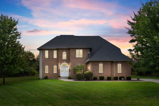 8208 Redtail Drive, Lakewood, IL 60014 (MLS #10522037) :: John Lyons Real Estate