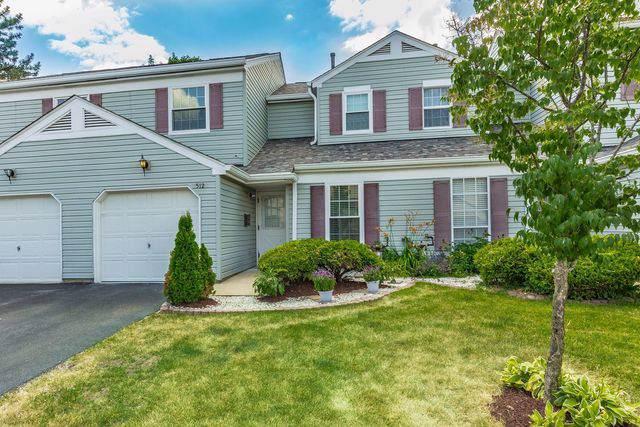 512 Nebraska Circle #512, Carol Stream, IL 60188 (MLS #10522459) :: Ani Real Estate