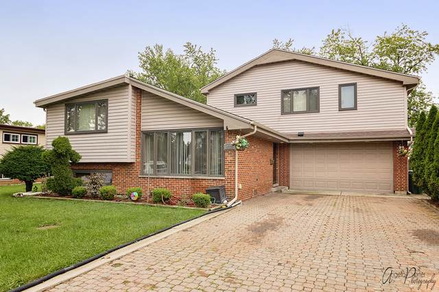 9352 Shermer Road, Morton Grove, IL 60053 (MLS #10522787) :: Ani Real Estate