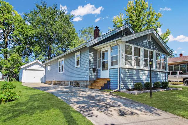 1104 W American Street, Freeport, IL 61032 (MLS #10522948) :: Berkshire Hathaway HomeServices Snyder Real Estate