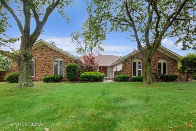 52 Kingston Drive, Oak Brook, IL 60523 (MLS #10522970) :: John Lyons Real Estate