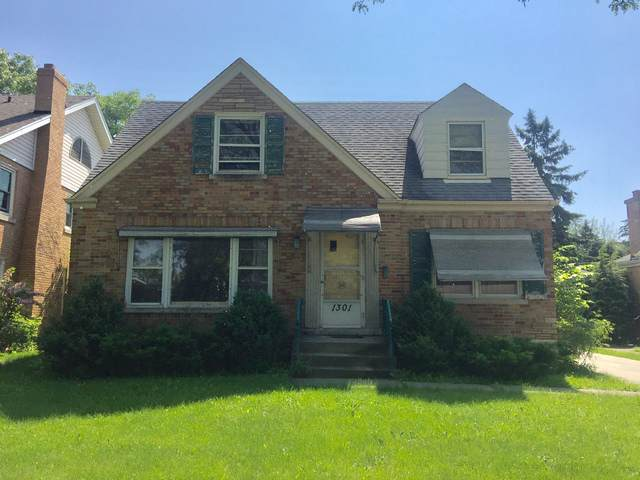 1301 S Washington Avenue, Park Ridge, IL 60068 (MLS #10523437) :: Baz Realty Network | Keller Williams Elite